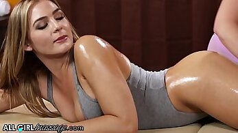 An oiled massage invades perv mouth