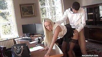 Office Secretary Cindy Copyright 2009