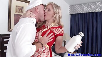 Mature housewife fucked by blonde