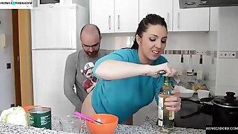 Big rack christina do pornplay on kitchen table