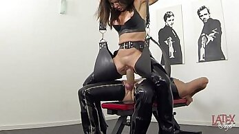 Amazing Balls and Squirt in a Strobotic Piss