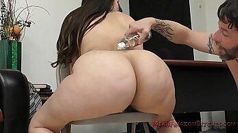 Blonde femdom hottie shows her hand and ass around