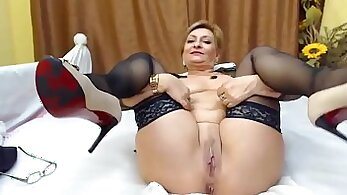 Boyfriend Having Sex With his Mature Webcam Whore