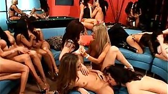 Amanda and Daria and Tiffany & Elia on Dildos/Toys Having Lesbian Orgy