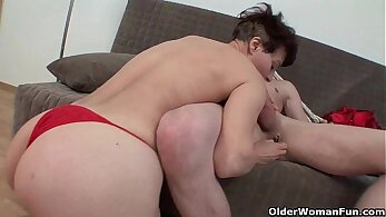Hot steps mom opens lips for cock in her pussy